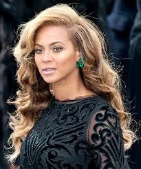 Pai de Amy Winehouse critica Beyonce