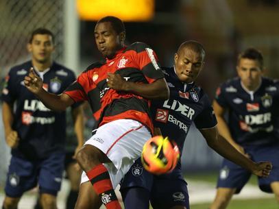 Flamengo anuncia rescisão do contrato do meio-campista Renato Abreu