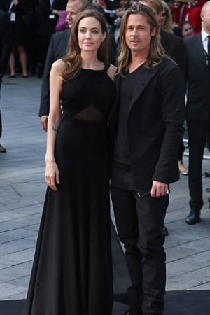 Angelina Jolie quer banir amigos de Brad Pitt de seu casamento