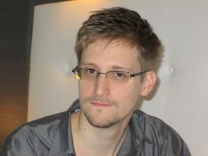 Brasil não responderá pedido de asilo de Snowden