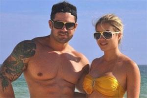 Aryane Steinkopf briga com ex-marido Wellington Junior na web