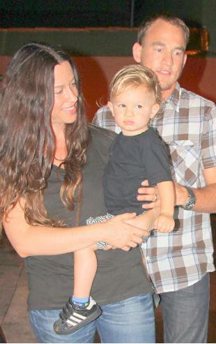 Alanis Morissete é acusada de manter babá presa