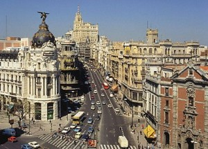 Espanha sai da recessão após 2 anos