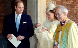 Príncipe William e Kate batizam novo príncipe George-5
