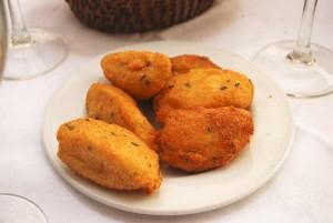 Receita de Pasteis de Bacalhau à Portuguesa